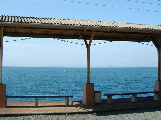 海の見える駅でたそがれてみたり(予讃線・下灘駅)、