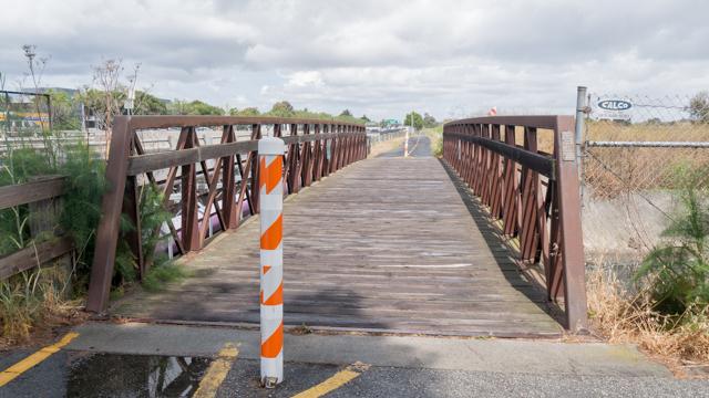 アドビ川下流にかかる、たぶん最後の橋。