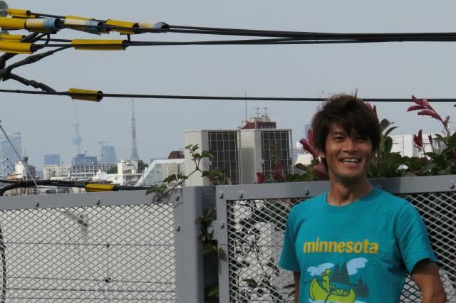 スカイツリーと東京タワーと同じ大きさの顔のWEB編集者