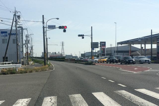 海岸線沿いの国道は思惑通り平坦な道であった――そう、伊勢志摩に入るまでは