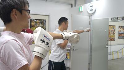 石川さんの手の伸ばし方が若干ロボット風だったのは、ロボットばかり見ていたからだろうか。