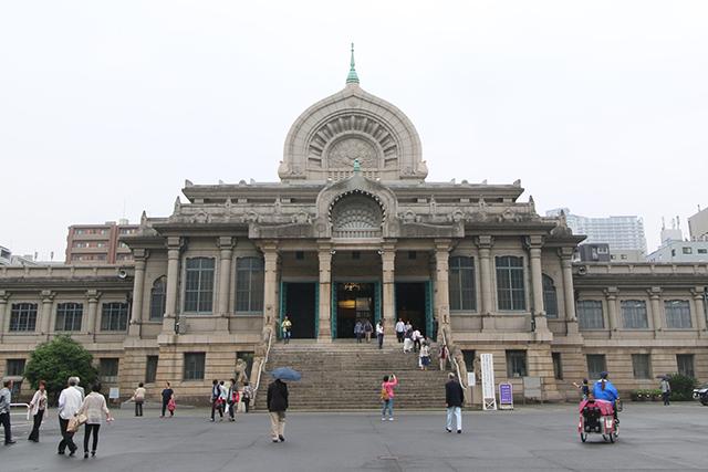 日本のお寺とは思えないビジュアル。