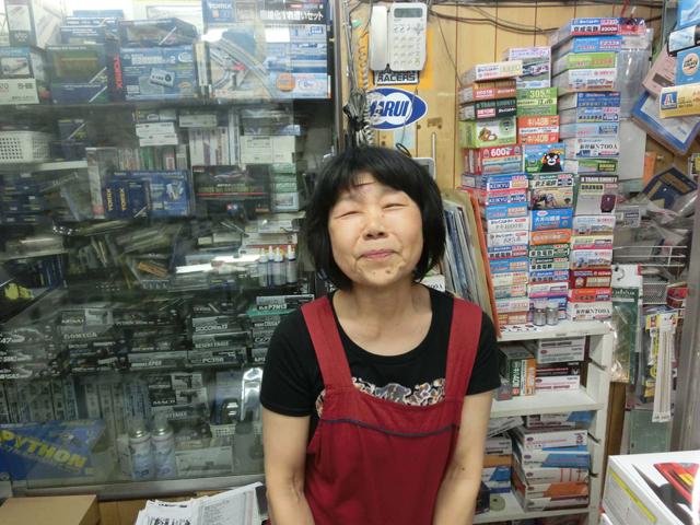 店主の滝口綾子(たきぐち・あやこ)さん(年齢は非公表!)