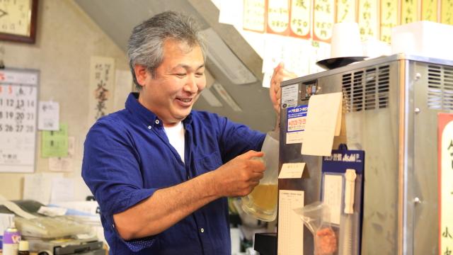 正体は遠藤さんのお姉さんの会社で働く従業員さんだった。ほら見ろやっぱり酒屋じゃなかったやないか!