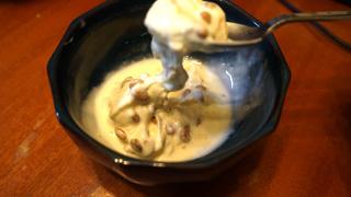 納豆アイスやってみましたよね、すんごいのびて笑いました!