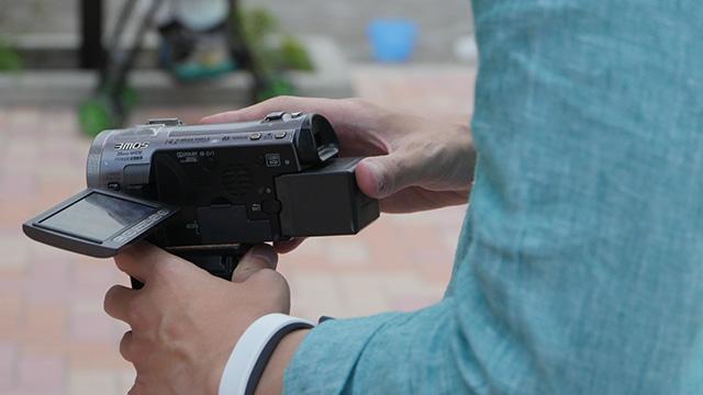 こうしたビデオカメラのズームで被写体ににじり寄る。どういった変化があるのか
