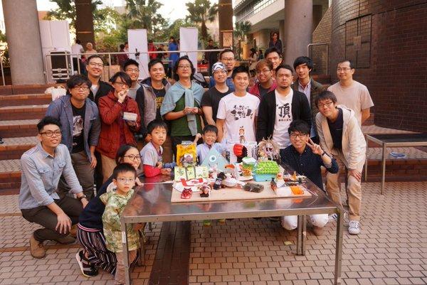 昨年のヘボコン・香港の様子。香港からはそのオーガナイザー自らを含む4チームがエントリーしています。