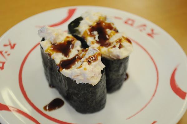マヨネーズ系の寿司に甘ダレをかけたら美味いという有名な技