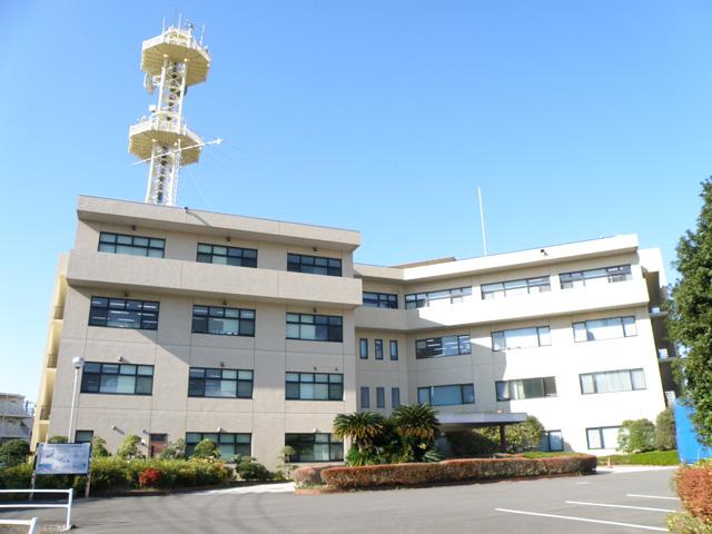 鶴見区にある京浜河川事務所外観