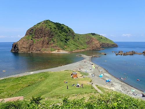 二ツ亀を知らない人に見せたら、まさかここが日本とは思わないのではなかろうかという景色。