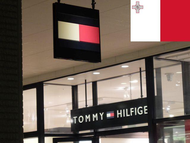 トミーヒルフィガーは青もあるけどマルタっぽい