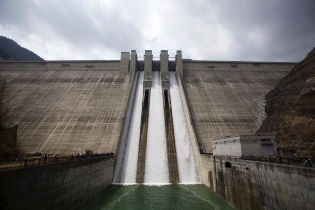 荒川最新の滝沢ダムも東京埼玉への水を貯める