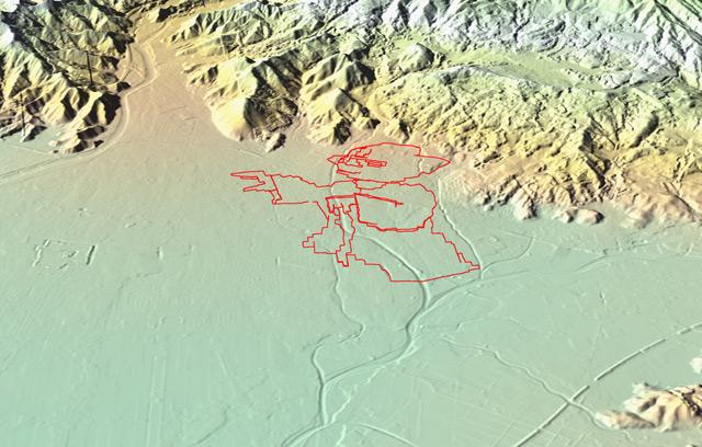 鳥瞰で見るとこんな。マスター・ヨーダよ、なぜそんな険しいところにいるのだ。。(国土地理院「基盤地図情報数値標高モデル」5mメッシュをカシミール3D スーパー地形セットで表示したものをキャプチャ・加筆加工)