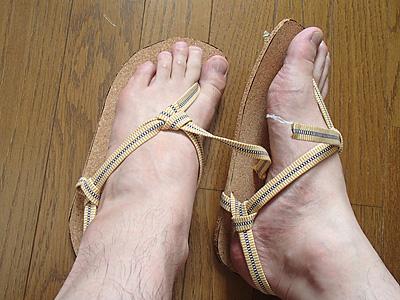 ゴムよりも足に馴染むね。