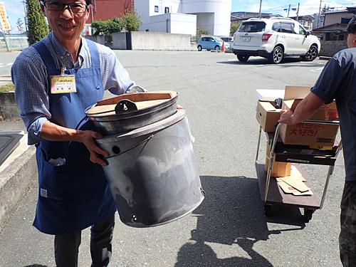 お話を伺った店長によると、多い日は20組以上の利用があるとか。カマドや鍋は数が限られるので、ご予約はお早めにとのことです。