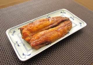 沖縄で釣れた近縁種はなかなかおいしかった。やはり香港の奴らも食材としてのポテンシャルは高いはずなのだ。