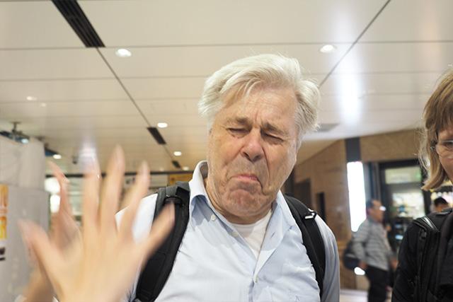 「もう俺はオランダに帰る!」 この表情もロバート・デ・ニーロぽい。