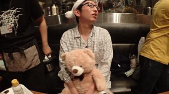 いちおう、ライター斎藤充博さんが会場でパジャマだった理由はこちら