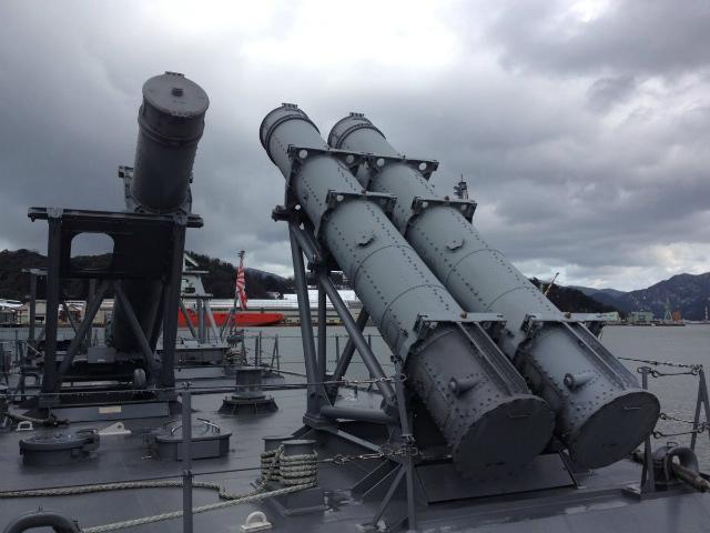 海上自衛隊のSSM装置とかどうでしょう。(d6)