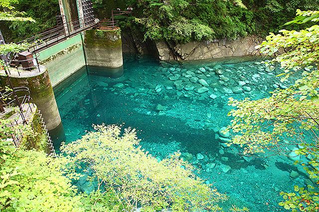 満水より5mくらい水位が低い。