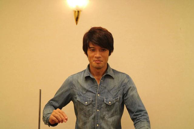 長渕剛は特別好きというわけじゃないけど「とんぼ」を練習する安藤さん。