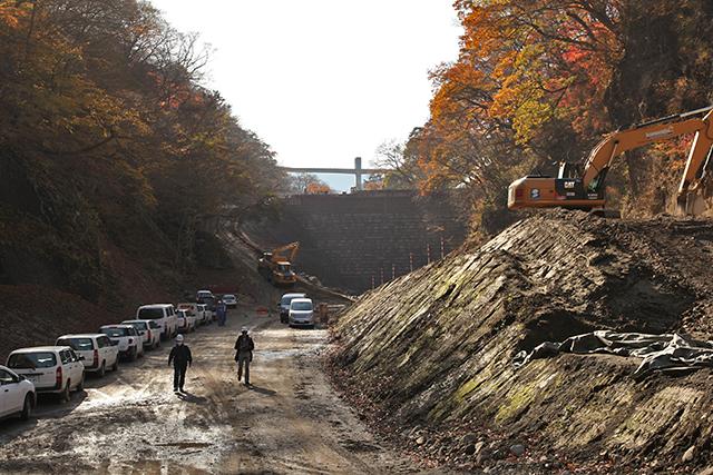 基礎掘削前の一昨年はこんな感じだった