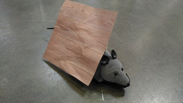 A novel robot consisting (just) of a mouse with a piece of wood-patterned origami pasted on