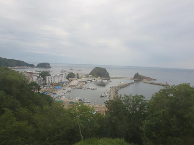 北海道斜里町ウトロ漁港(出題:此処じゃない何処)