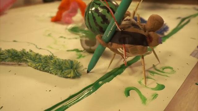 ペンを使って土俵に色を付けたり、インクで敵を攻撃したりする