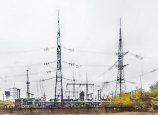 もうひとつのチェルノブイリ名物は鉄塔。考えてみれば発電所なんだからたくさんあるわけだ。かわいいのがいっぱい。模型とかほしい。