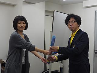 とろろ汁で82dBの最高記録を出したところ小堺さんからなぜか福山雅治のポスターが贈呈された。わけがわからない。このわからなさは後世にまで語り継ごうと思う。