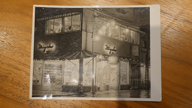 岩本さんの祖父母がやっていた銀座キャンドル。1950年創業。