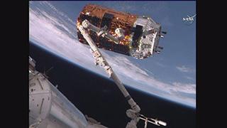 打ち上げられたこうのとり6号機は、12月13日にISSにドッキング完了。めでたい。 (写真提供:JAXA/NASA )