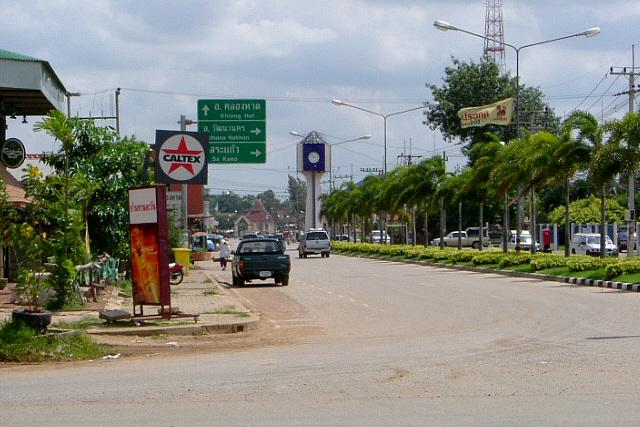 タイ側の国境であるアランヤプラテート、ごくごく普通の町である