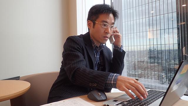 隆ちゃん、話を聞いている間にもばんばん電話がかかってきて忙しそうだった。