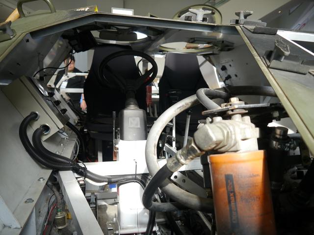 シートも実際のシートを「元に」(そのまま載せてるわけではないのだ)手作りしている。