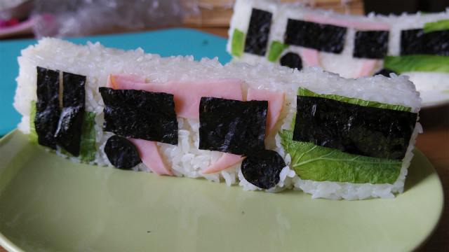 じゃ~ん、都バ寿司です!