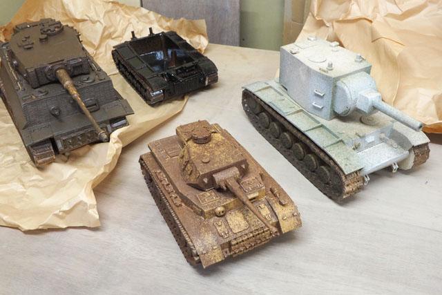 最初に言っておくと、そんじょそこらの陶芸ではない。見よ、この戦車を!