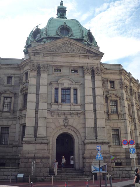 神奈川県立歴史博物館には電話とメールで取材対応をしてもらった