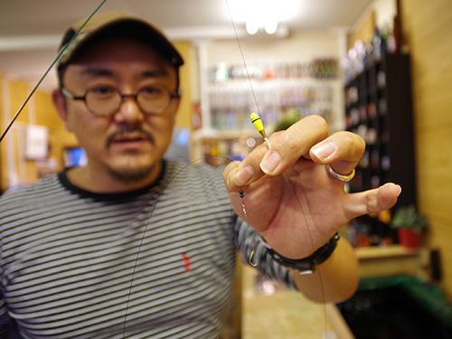 テナガエビはウキを使った釣りで、料金はこちらも1時間千円。