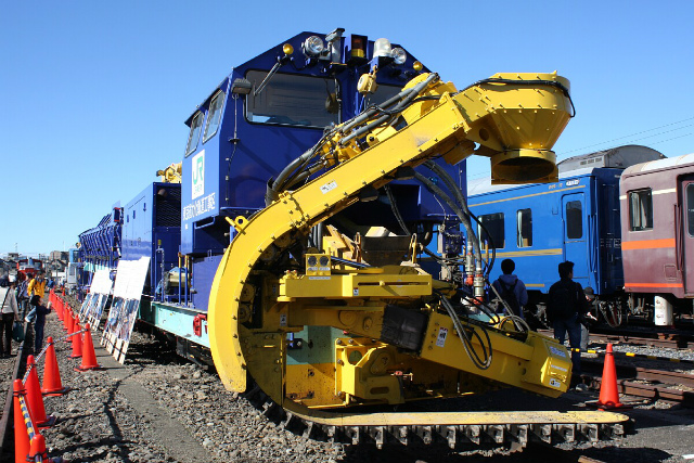 JR東日本の保線機械です。(sub-express)