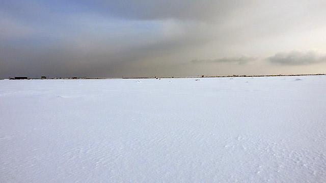 野付半島の冬の景色。海が凍っています!