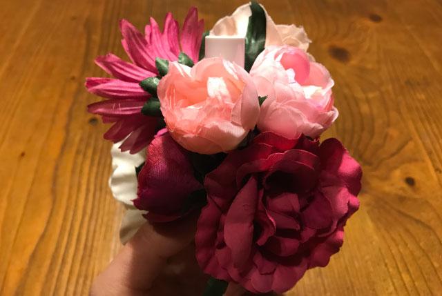女らしくピンク系の花で攻めてみた。