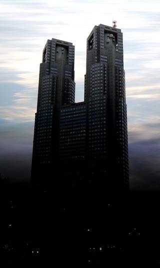 悪の帝国っぽい東京都庁