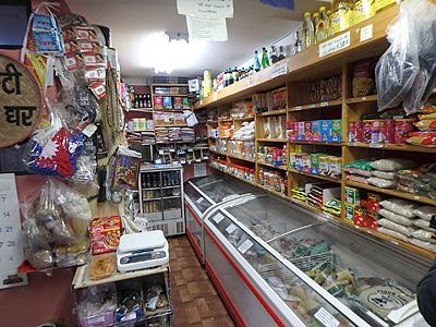 左奥に食堂もあって、お店の方に食事を熱烈に進められたが、今回はグンドゥルックだけで。また来ます。