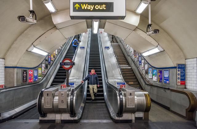 ロンドンの地下鉄のそれに似てる。