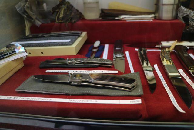 有名な職人が作ったナイフだと値段がかなりするらしい。