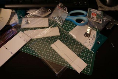 Cut a Forex plastic chloride board