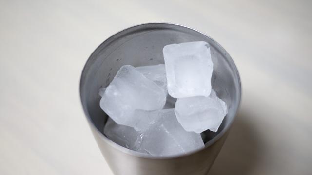 氷を舐めるといいと言うのははじめて知った