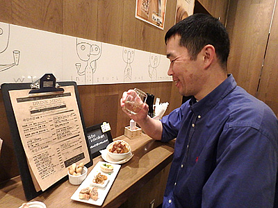 昼間から日本酒キメた!日本酒はやはりうまいなあ。